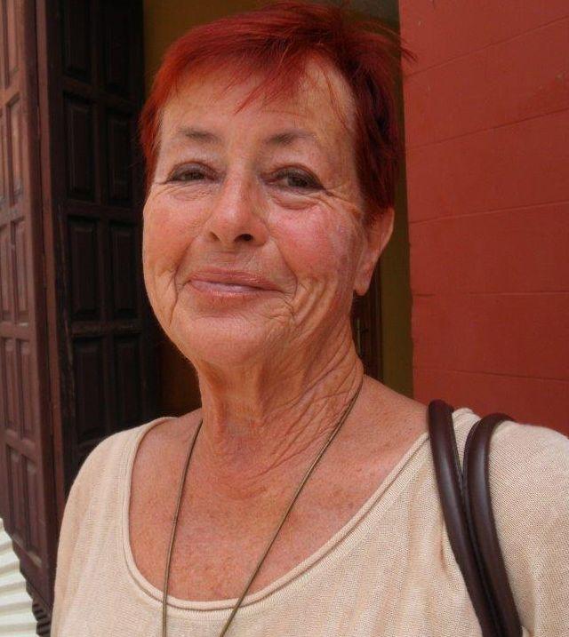 Antje Gieser Nacionality: German Vivo permanente en La Palma desde 1998 Artista